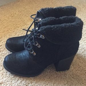 NEW Suade & Fur Tie Up Ankle Boots